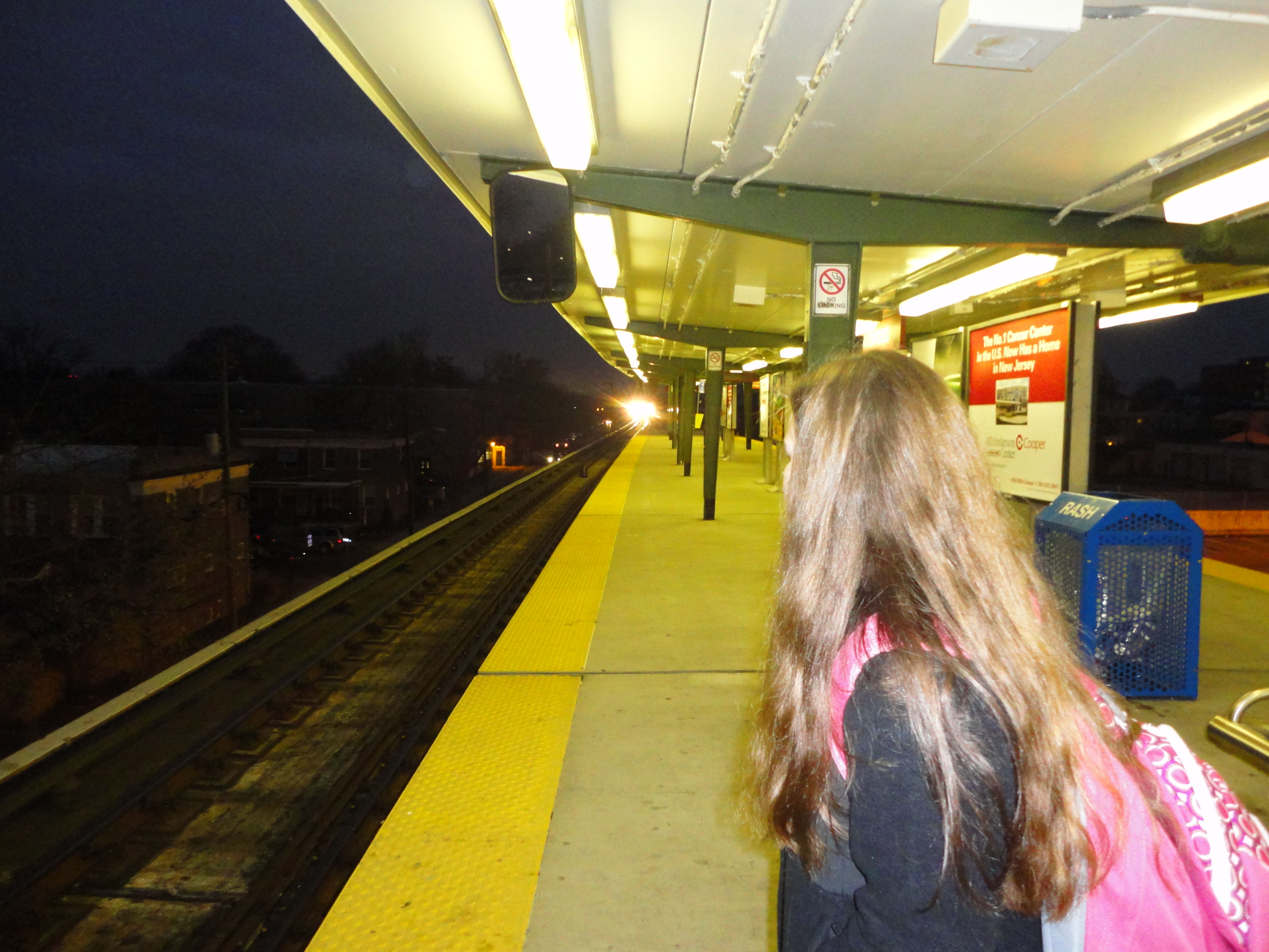 narrative essay an hour at the railway station Below is a short essay on train station novels written by walter  the powerfully  rhythmic and syncopated narratives, whose stations one flies through  and  sensation chases past the train screamingly — when for a few hours,.