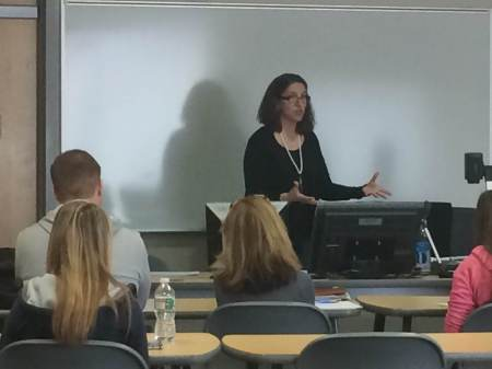 Professor Elizabeth Rantuccio teaches sociology at Camden County College. By Anais Olusa, CCC Journalism Program