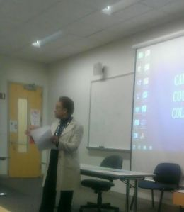 Davis conducts the workshop on studying science. By Andre L. Williams, CCC Journalism Program