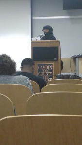 Rasheeda Moton Oton, mother of filmmaker Ja'far Mohammad, reads a letter from her son, who is incarcerated. By Rachael Crismond, CCC Journalism Program
